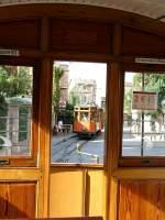 Mallorca/10161/in-stosszeiten-wird-im-sichtabstand-mit In Stoßzeiten wird im Sichtabstand mit mehreren Zügen gefahren.  T 3 folgt am 01.10.2005  'auf Sicht'.